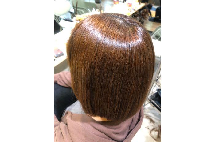 の縮毛矯正&髪質改善に特化した美容師アオキアリサ