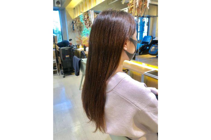 でフリーラン滋賀県守山市ス美容師をしている青木愛里彩の縮毛矯正